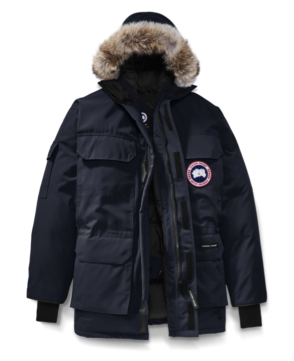 ... are residing in Toronto with merciless winter months where even the air hurts your face), the Expedition Parka shall be your best chum to keep you warm.