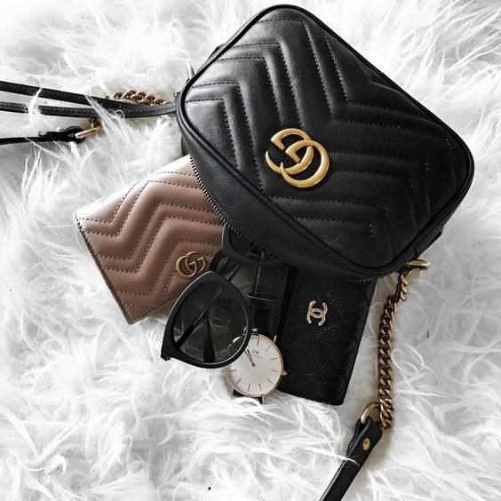 f9272119ee3 Gucci wallet is one of the luxury Italian s fashion house most popular  items among its diverse portfolio. Made from leather or the house s  signature canvas