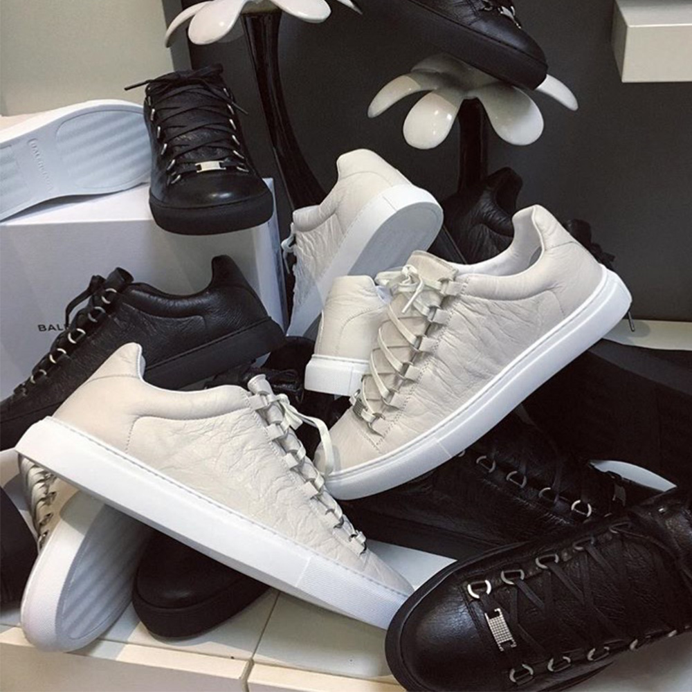 3dc73bfc9c43 Balenciaga Sneakers – How to Spot a Fake and Buying Guide - MyBizShare