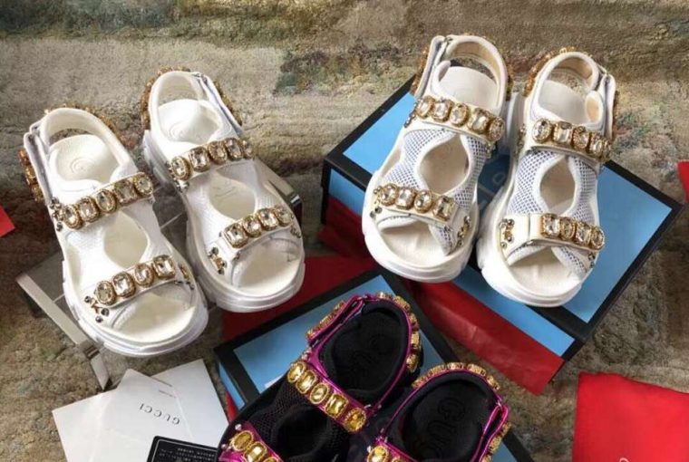 2a4267faeee2d How to find high quality Gucci Sandals replica wholesale - MyBizShare